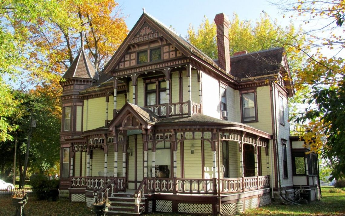 Historic home in Plattsburg Missouri